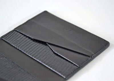 Porte-cartes homme cuir noir iguane marquage sur mesure